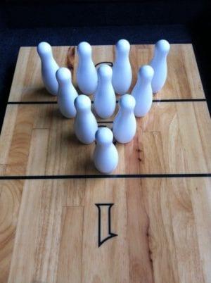 Shuffleboard Bowling Pin Set